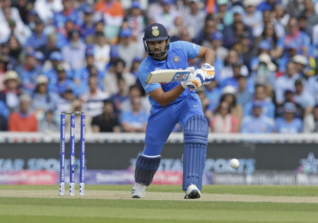 Rohit Sharma makes fun on umpire Ian Gould after his poor decision