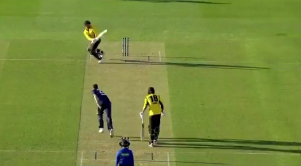 Marcus Stoinis' sweep shot goes for incredible six in Marsh Cup