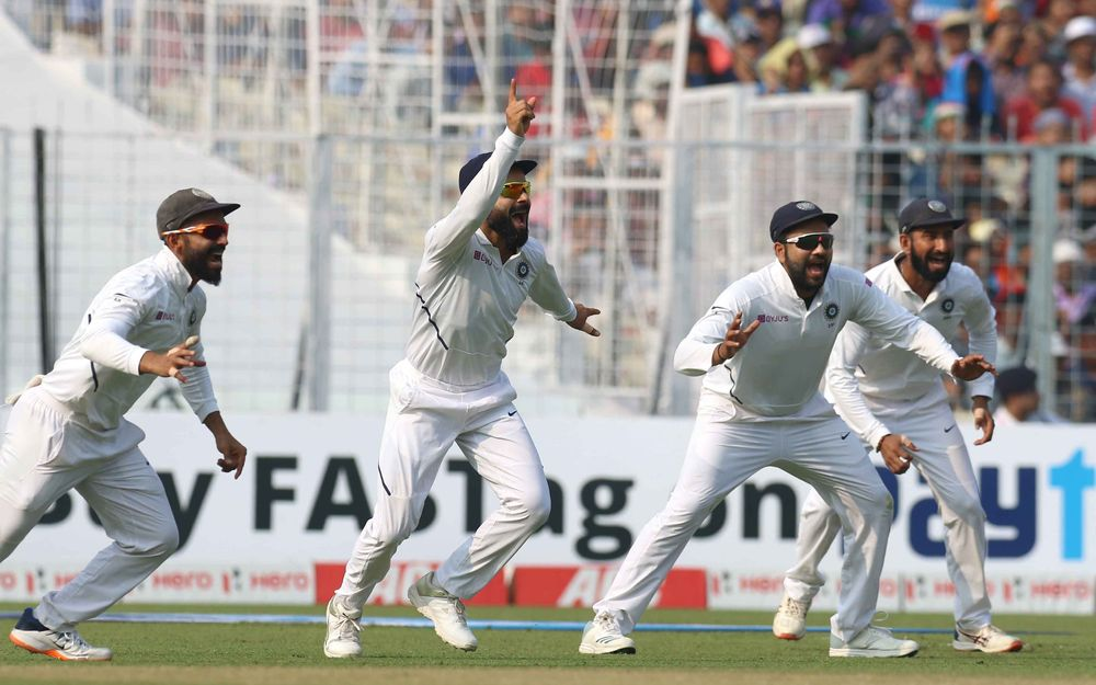 Rohit Sharma takes a stunner catch to dismiss Mominul Haque
