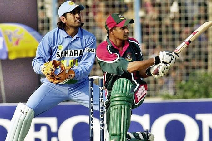 Dhoni shares a Nostalgic video on completing his 15th year as Indian Cricketer