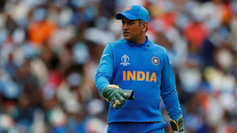 Ravi Shastri hints at MSD's retirement from ODIs