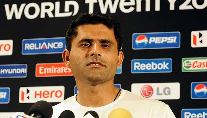 Razzaq terms Kohli lucky; claims Pakistani batsmen can surpass him if PCB supports well