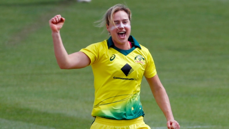 Batting against Bumrah or Bowling to Kohli; Guess! Ellyse Perry's pick