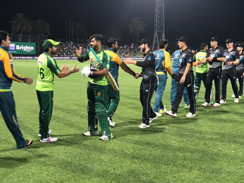 Match Interrupted by Sunlight issue in the 3 T20Is of Pakistan vs New Zealand at McLean Park