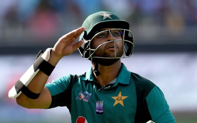 Imam-ul-Haq refuses to walk after breaking stumps with his foot
