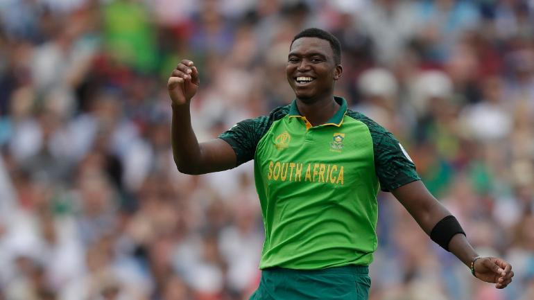 Lungi Ngidi gives a hilarious answer to Netflix India's question on 'Lungi Dance'