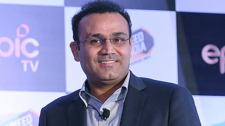 Sehwag criticises the move of playing Samson ahead of Rishabh Pant in the 4th T20I