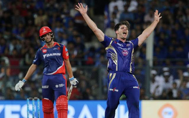 Mitchell McClenaghan hilarious reply to a fan on favourite IPL team question