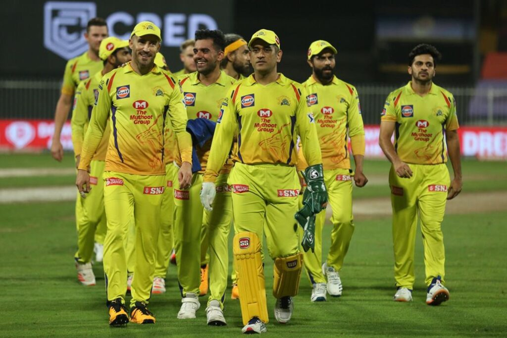 """""""True warriors are born to fight as they will always be Super Kings in our hearts"""" Sakshi Dhoni pens down a note after CSK's exit from IPL 2020"""