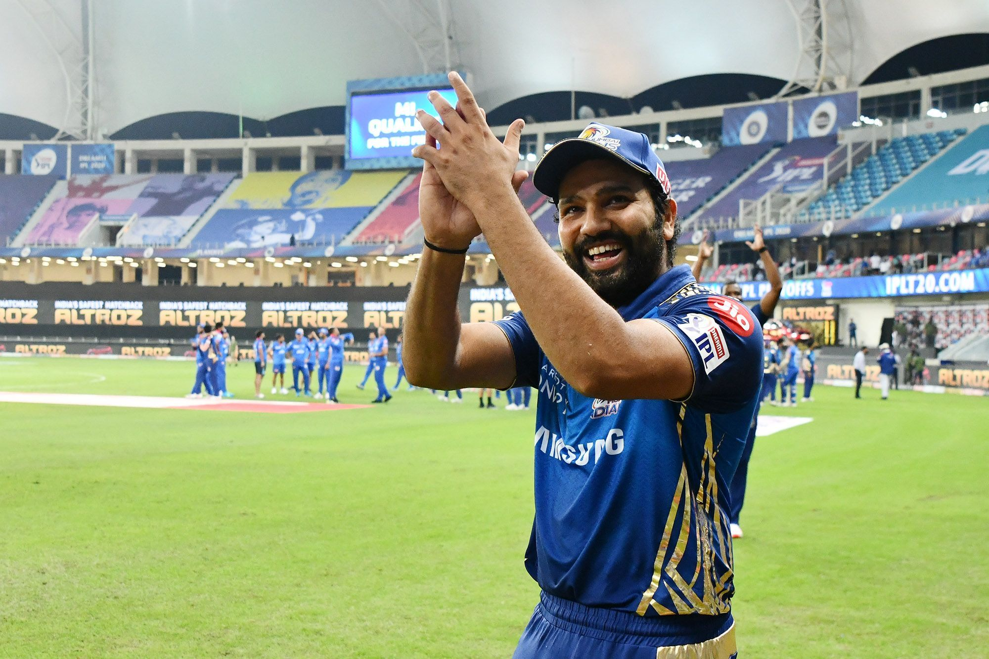 Rohit Sharma reacts to the statement given by Aakash Chopra regarding the question on the IPL