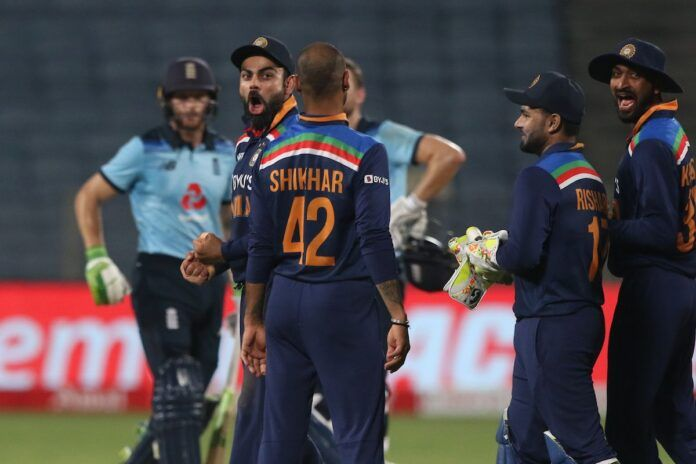 Victorious thump reaction by Virat Kohli after taking successful review took against Jos Buttler