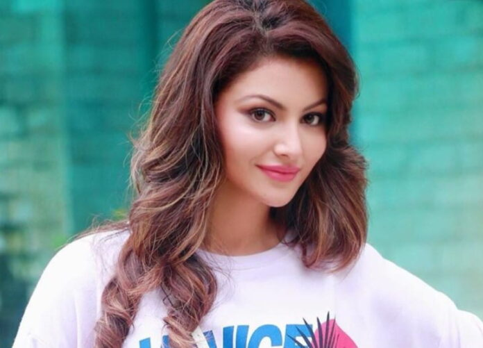 Urvashi Rautela surprises everyone with her reply over favourite Cricketer