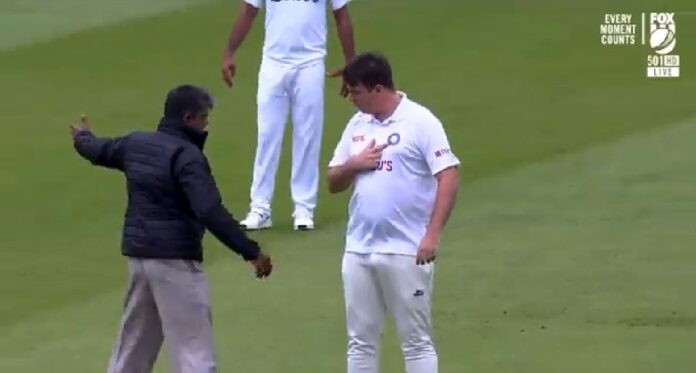 Interloper by the name of 'Jarvo' takes spotlight at the Lord's